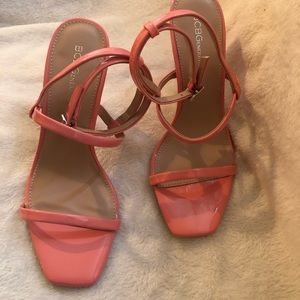 BRAND NEW PINK SHINY SANDALS
